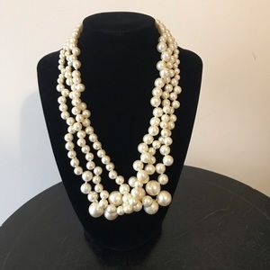 J Crew imitation pearl twisted hammock necklace